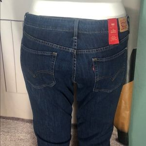 NWT CLASSIC BOOTCUT LEVI JEANS 18W